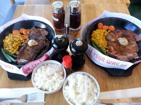 【食】耳、目、舌で楽しむ、鉄板料理『Pepper Lunch』